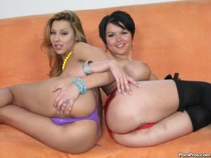 Bubble Butt Amateur Group Sex Orgy