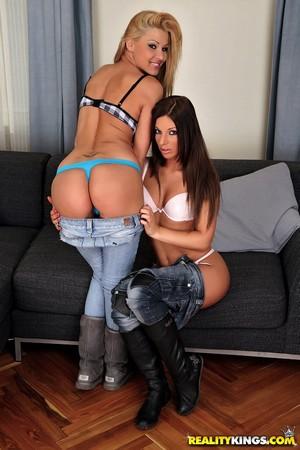 Big Ass Lesbians Kissing in Jean Shorts