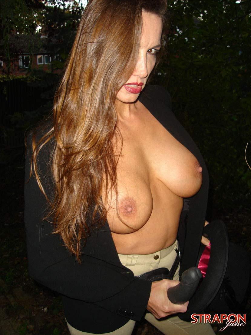young indo maid nude porn