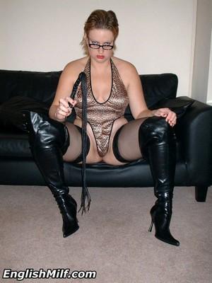 Big Ass Mature Amateur MILF Pussy Licking