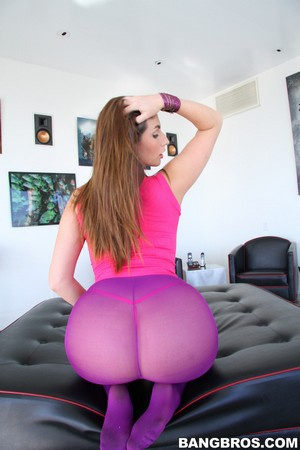 Huge Ass Onion Booty Shaking