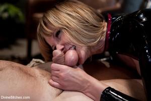 Big Ass Dominatrix Pussy Licking Slave