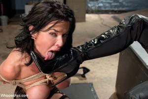Big Booty Amateur Girlfriend Lesbian Ass Licking