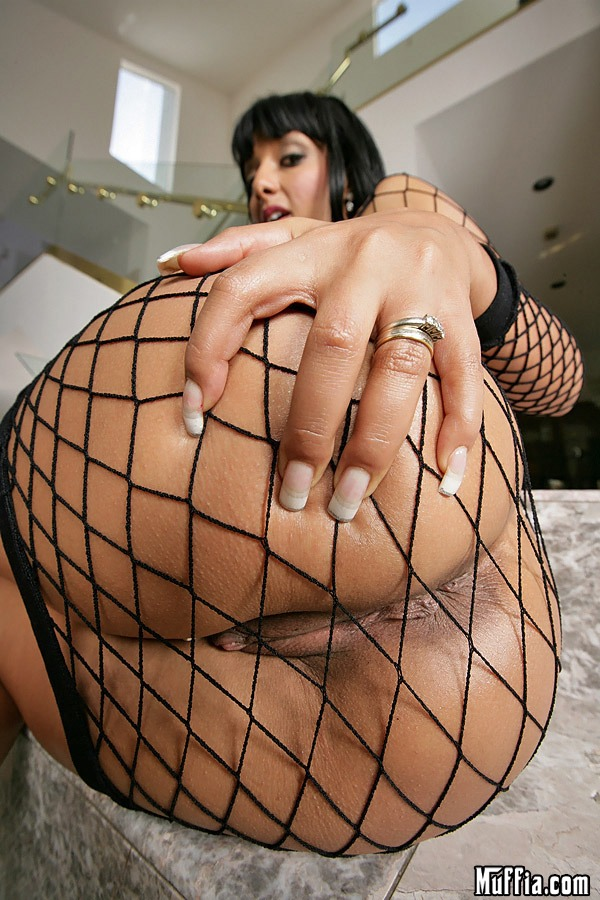Video clip big ass naomi big hand booty